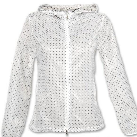 f6040841d Nike Running Cyclone Polka Dot Rain Coat Jacket. M_5b2404166197457a924579c8